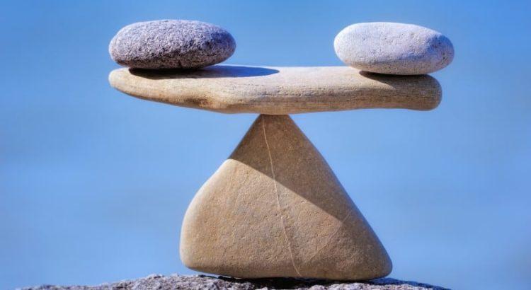 hinnangute andmine kivid kaal tasakaal selge taevas